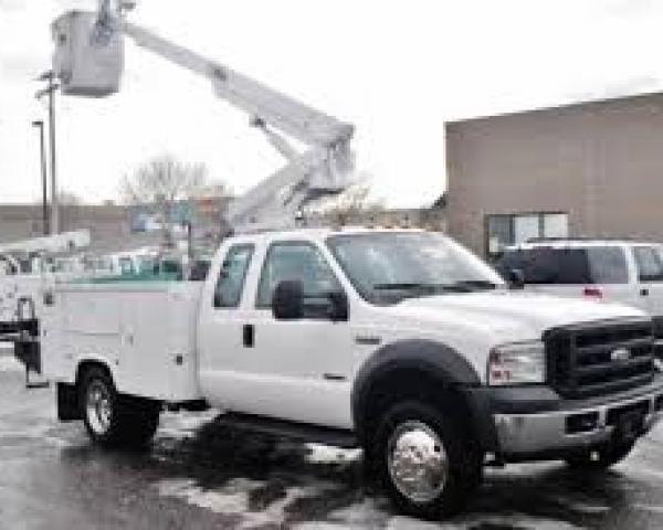 Truck Boomlift  30′