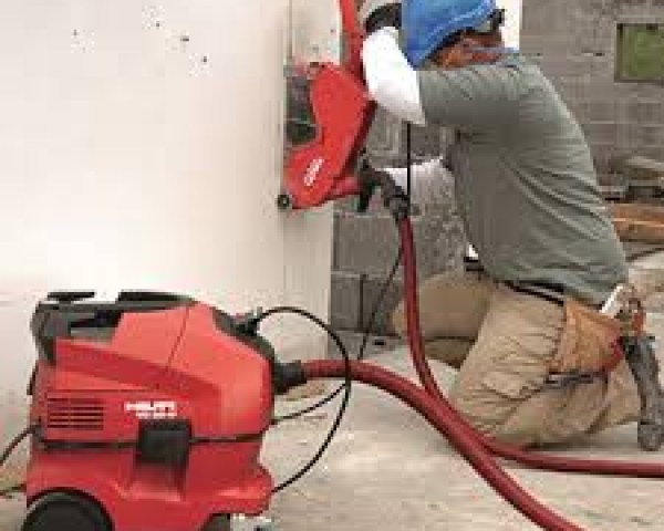 Concrete Saw – 12″ Electric W/Vacuum